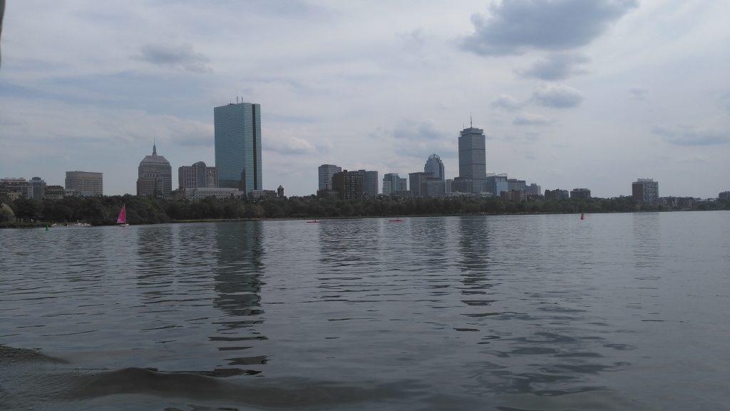 Kelionė keltu pro Bostono dangoraižius